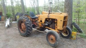 Minneapolis Moline 445 Tractor Utility