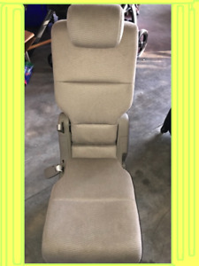 2011 2012 2013 2014 2016 Honda Odyssey 2nd Row Middle Seat Jump Cloth Warm Gray