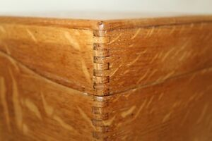 Antique Vintage Finger Jointed Oak Wood Wooden Box Recipe Card File 9 X 9 X 6 5