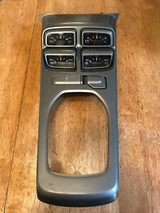 10 15 Camaro Ss Center Console Shifter Bezel Trim Auxiliary Cluster Gauges