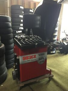 Coats Vero V200 Tire Pr0 Balancing Machine