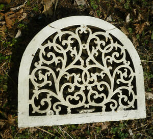 Antique Cast Iron Grate Heat Register Wide Arch Scrolling Vine Design As Is