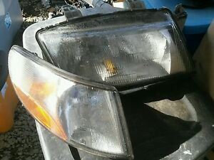 Saab 900 9 3 1994 2002 Hatchback 1995 2003 Convertible Right Headlight Corner