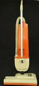 Windsor Sss Versamate Triple S 18 Upright Vacuum Commercial Dual motor Vm 18