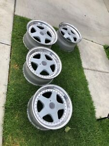Oz Futura Classic Three Piece Wheels Set Of 4 17x9 Et24