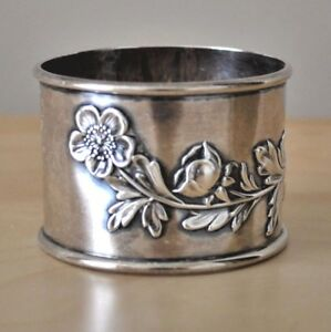 International Sterling Silver Repousse Napkin Ring Poppies