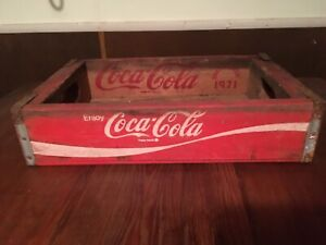 Vintage Red & White Coca-cola Wooden Crate  Chattanooga