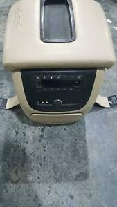 2007 Gmc Denali Yukon Center Console Oem Tan Woodgrain