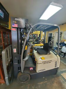 2013 Crown Sc5245 40 Electric Forklift Quad240