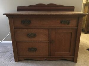 Antique Vintage Solid Oak Dresser Gorgeous Hardware Changing Table Vanity