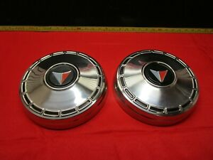 1964 1965 1966 Plymouth Valiant And Barracuda Hubcap Dog Dish Nos 2x