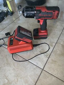 Snap On Ct8850 1 2 Cordless Impact Wrench With 2 Batteries And Charger