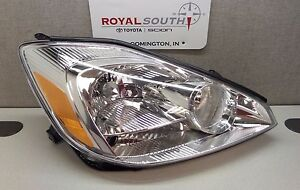 Toyota Sienna 04 05 Right Front Hid Discharge Headlight Housing Genuine Oe Oem
