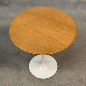 Eero Saarinen Oak Tulip Side Table By Knoll