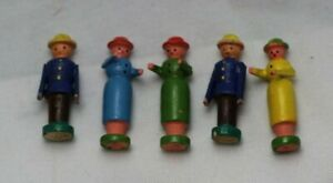 Vintage German Erzgebirge Hand Carved Wooden Figures 2