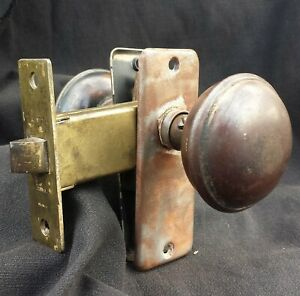 2 Avail Vintage Antique Closet Pantry Door Lockset Passage Set Knob Plate Lock