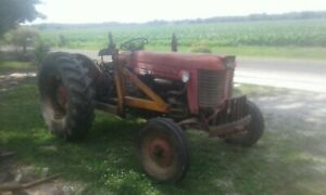 Massey Ferguson 65 Tractor With Loader