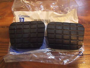 1960 1972 Chevy Truck Clutch brake Pedal Pads Gm Nos