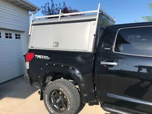 A R E Commercial Truck Topper Toyota Tundra