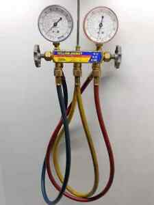 Yellow Jacket Test And Charging Manifold With Hoses R 502 R 22 R 12 L k