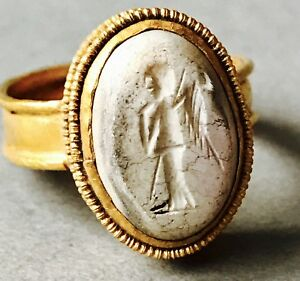 Ancient Roman Gold Ring Intaglio Depicting A Winged God C 1 2nd Cent A D 4 7g K