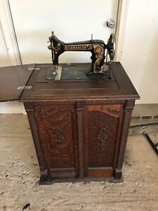 Damascus Sewing Machine In Oak Cabinet Antique Hard To Find Local Pickup Only