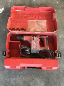 Hilti Te14 Corded Hammer Drill With Case