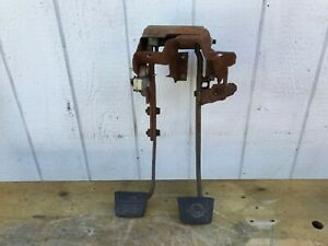 73 87 Chevy Gmc Pickup Truck Clutch Brake Pedal Assembly 1973 1987 Manual 1981