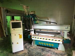 Jcut Cnc Router Barely Used 5 x10 With 2 Vacuum Pumps Computer And Dust Col