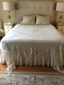 Antique Vintage Stunning French Tambour Lace Netting Bed Coverlet Embroidered