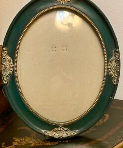 Vintage Victorian Style Ornate Wood Green Oval Picture Frame With Glass