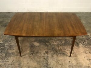 Broyhill Brasilia Mid Century Modern Walnut Dining Table With 2 Extensions