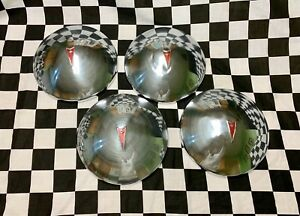 1970 1974 Pontiac Lemans Ventura Baby Moon Dog Dish Hubcaps Set Of 4 Gm Oem