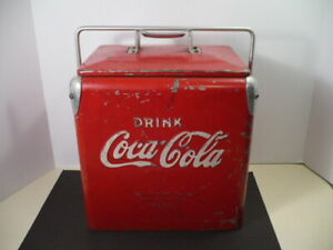 VINTAGE 1950`s SMALL 6 PACK COCA COLA COOLER , TEMPRITE MFG. CO.