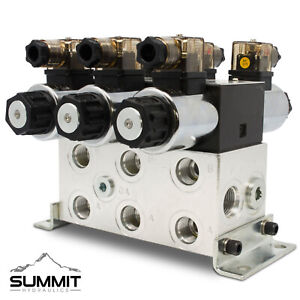 Electronic Hydraulic Double Acting Directional Control Valve 3 Spool 15 Gpm