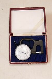 Vintage Mitutoyo Si 112 Dial Thickness Guage 4 001 10mm In Box Nice Gage