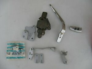 1973 75 Cutlass 442 W 30 Hurst Olds 4 Speed Shifter Parts Used W Console Only