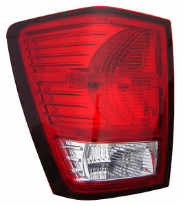 2007 2010 Jeep Grand Cherokee Driver Left Side Rear Back Lamp Tail Light