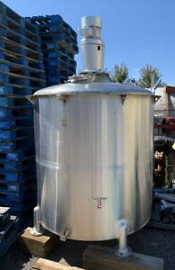 700 Gallon Stainless Steel Mixing Tank