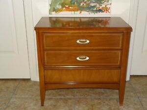 Mcm Mid Century Modern 3 Drawer Dresser End Table Nightstand Dixie Wood 25x23x14