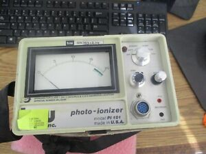 Hnu Systems Model P1 101 Photo ionizer With 101 351 Gas Regulator