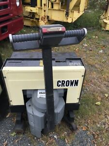Crown Walk Behind Electric Pallet Jack Model 40gpw 2 12