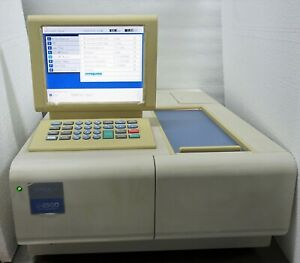 Hitachi U 2900 Double Beam Uv vis Spectrophotometer passes Diagnostic Tests