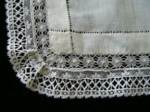 Gorgeous Antique Linen Lace Hanky Hand Made Lace Pristine Wedding Handkerchief