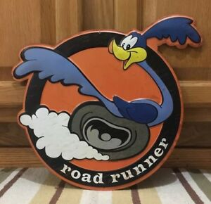 Road Runner Metal Gas Oil Parts Tire Garage Auto Car Coupe Challenger Plymouth