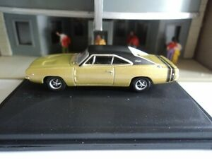 Oxford 1968 Dodge Charger Gold And Black 1 87 Ho Diecast Car