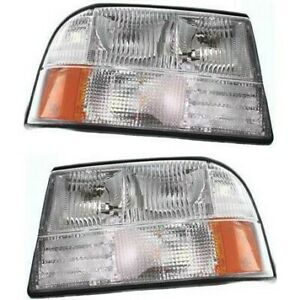 Headlight Lamp Left And Right For Olds Gm2503174 Gm2502174 16526227 16526228