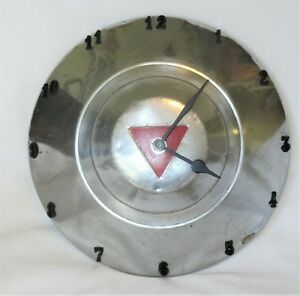 Hudson Commodore Hornet Small Disk Hubcap Clock 1948 1953 Dog Dish
