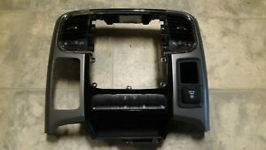 16 Dodge Ram 1500 Dash Trim Radio Bezel Surround