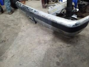 Front Bumper Chrome With Pad Fits 87 91 Bronco 197269